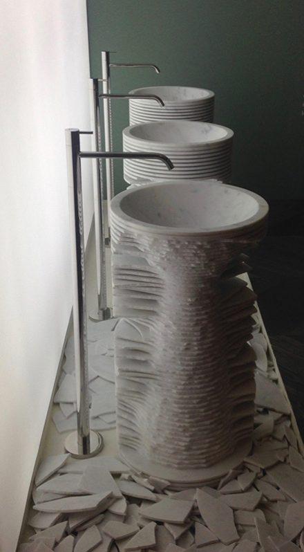vasque taillée marbre mougins